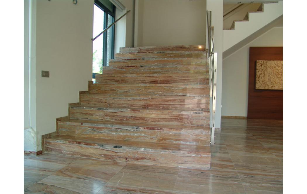 облицовка лестницы мрамором - Розовый мрамор Arabescato Orobico (Арабескато Оробіко)